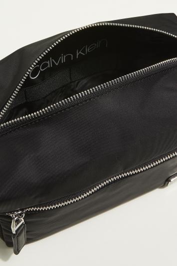 Calvin Klein Black Primary Washbag